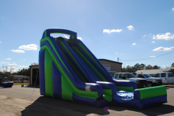 20 Foot Dry Slide (Blue & Green) $300