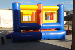 852f6fdcf3d54ba438c5a9eb456debcb Out of Commission Open Top Bounce House 15X15 $125