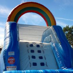 Wet Slide - Lil' Squirt Rainbow (12' High)