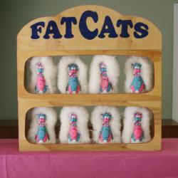 Fat Cats Toss Game