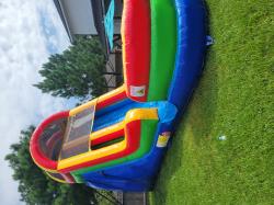 20210801 105542 823800303 21ft Rainbow Water Slide $295