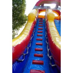 W 322 Red Slide 3 22ft Screamer Water Slide $379