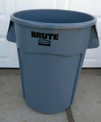 Trash Can 44