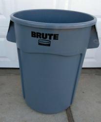 Trash Can 44