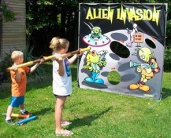 Alien Invasion Toss