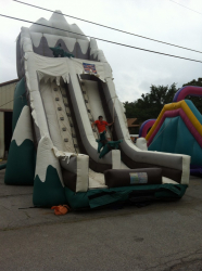 Summit Mountain 28ft Inflatable
