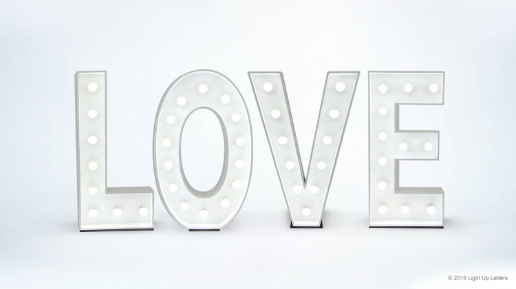 LOVE 1.2 Metres