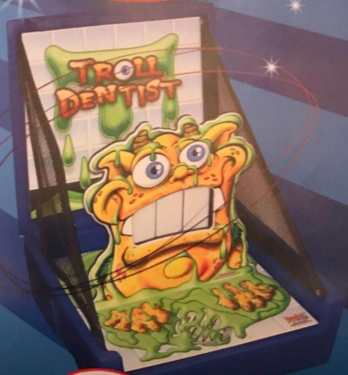 Troll Dentist (case game)