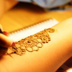 h2 1617729528 Henna Tattoo Artist