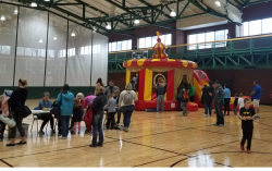 Circus.Gym 762080786 Circus Combo Bounce House