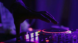 large 50f8d089 0d78 4ad8 ae22 503e12e5c0fb 1619029969 Professional DJ Services