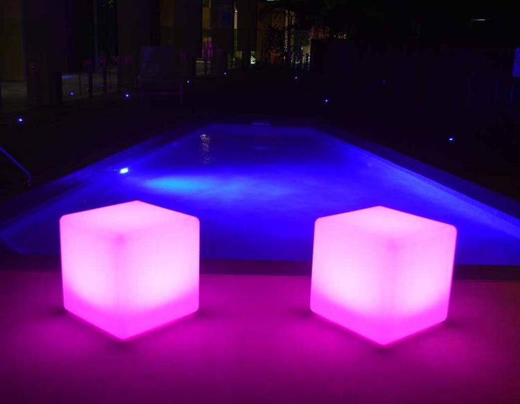 Illuminated Glow Cube 40cm