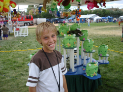 Feed the Frogs Game with Prizes
