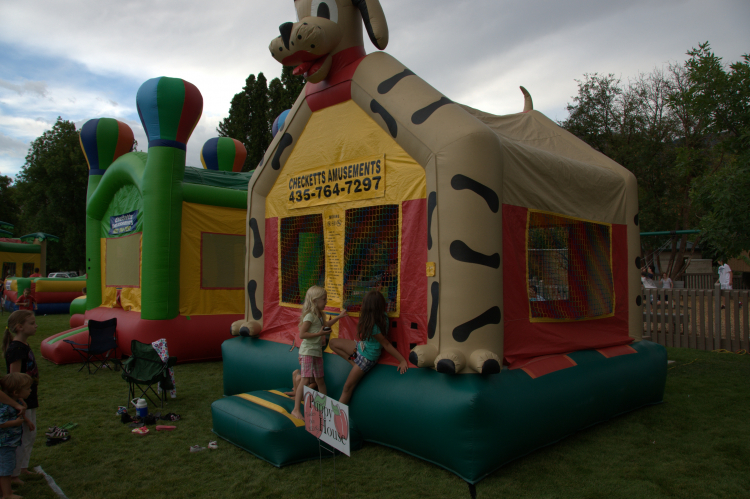 Super Puppy Dog Bounce House Checketts Amusements Home Interior And Landscaping Spoatsignezvosmurscom