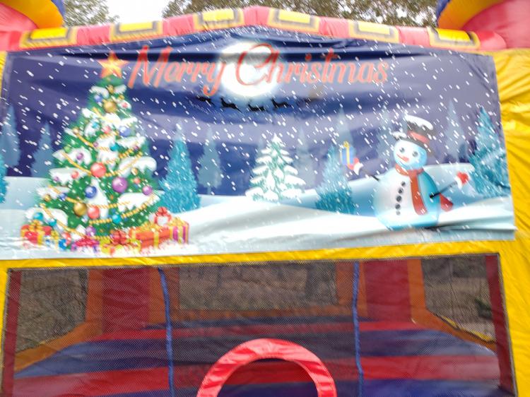 Christmas Castle, Medium