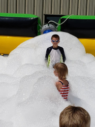 Foam pit dance inflatable