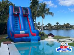 1 1621000304 17' Palm Beach Pool Slide *(18L 11W 17H)