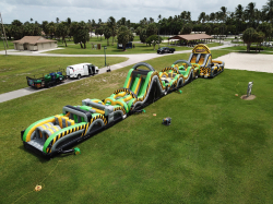 Giant 130ft Obstacle Course *(130L 19W 17H)