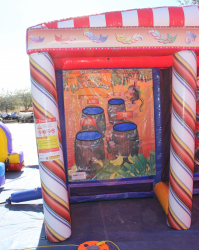 ^Inflatable Carnival Game *(5L 19W 10H)