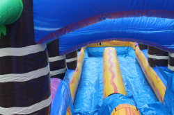**25' Volcano Bay Double Lane w/ Slip n Slide (60L 13W 25H)