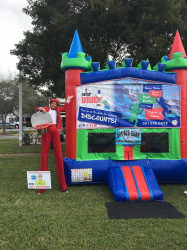 Deluxe Bounce House *(15L 17W 15H)