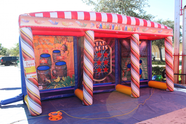 Inflatable Carnival Game *(5L 19W 10H)