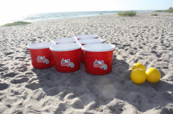 Giant Yard Pong *(12 BUCKETS & 3 YELLOW BALLS)