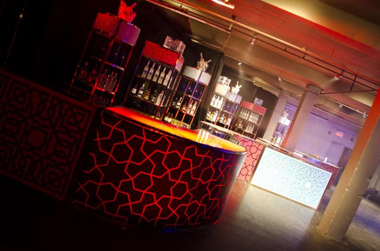 Bar Back - Square - Morgan