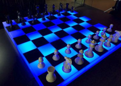 Glowing Giant Checkers
