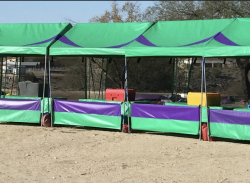 Carnival Booth (Green)