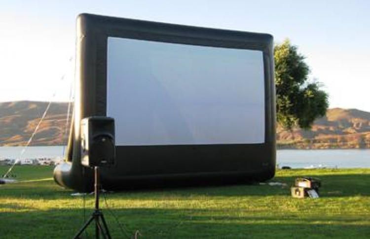 Large Portable Movie Screens : Giant movie screen professional package pop up party rentals
