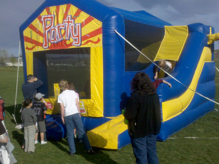 #1 bounce house rental
